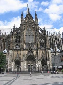 A-must-on-trip-to-Germany-–-Visit-the-Cologne-Cathedral